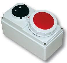 Ổ cắm công nghiệp PCE kèm công tắc kín nước F61132-6