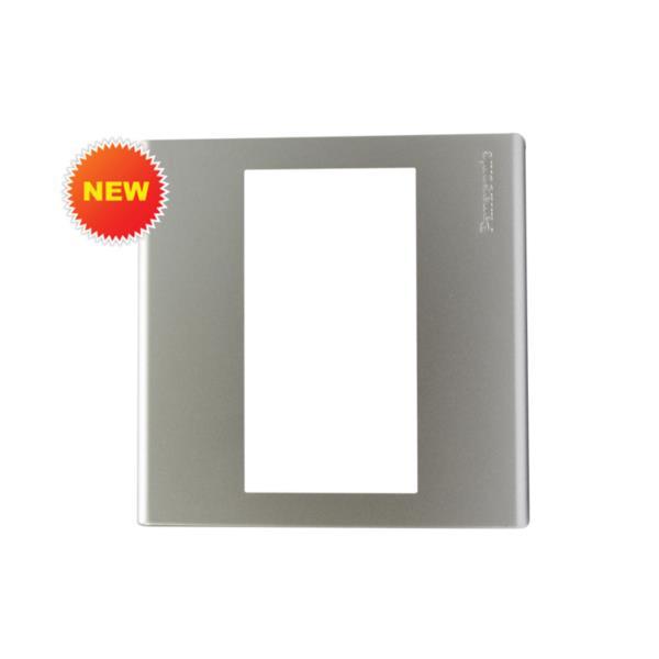 Mặt vuông dùng cho 1 thiết bị Panasonic WEB7813MW
