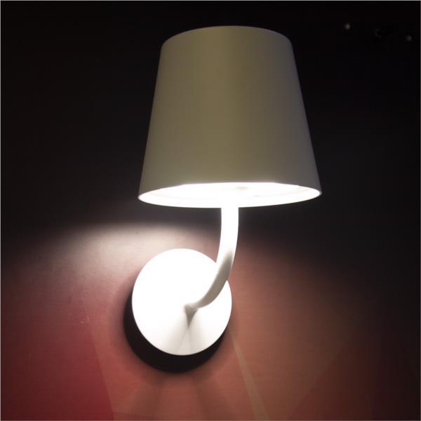 Đèn Gắn Tường Ngoài Trời LED NBL1791 Ánh Sáng Vàng